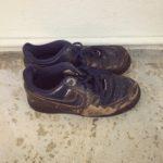 【旦那がミニマリスト】捨てずにいた靴を断捨離。ここまで履きつぶすなんて。